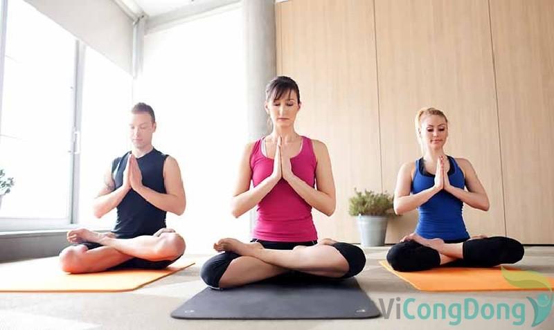 Bị thoái hóa cột sống tập yoga có tốt không