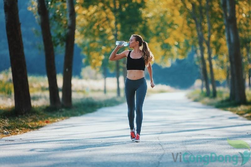 Lợi ích đi bộ đem lại cho người bị gai cột sống