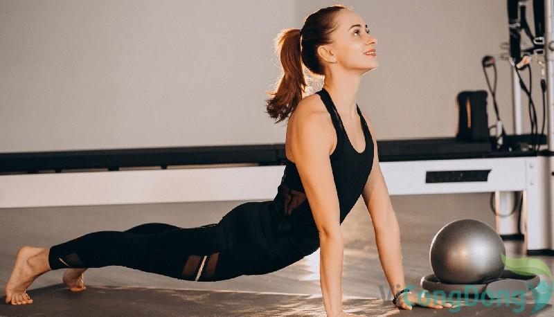 cách chữa đau lưng sau sinh