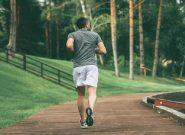 Bị thoái hóa cột sống có nên chạy bộ không