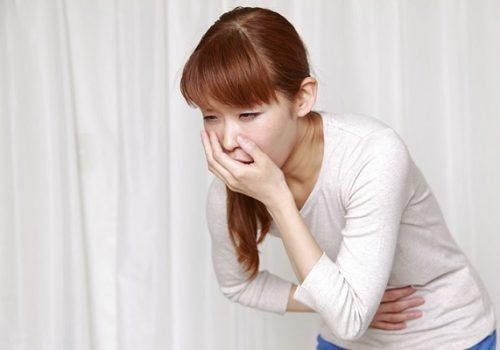 đau dạ dày buồn nôn