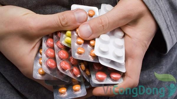 Sử dụng thuốc Tây y chữa đau dạ dày khẩn cấp