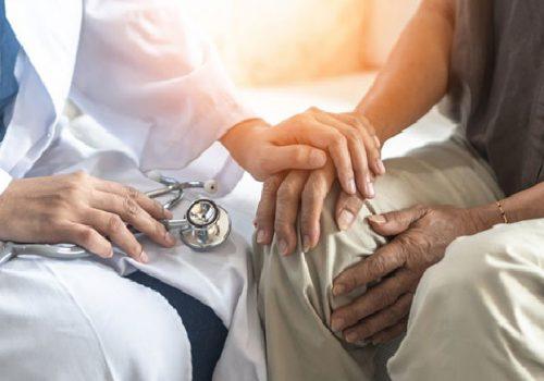 Chăm sóc bệnh nhân viêm khớp dạng thấp
