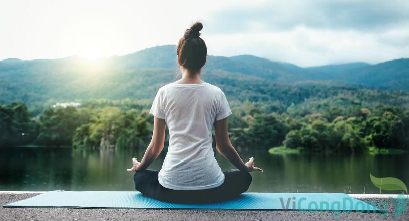 Đau thần kinh tọa có nên tập thể dục không - Tập yoga