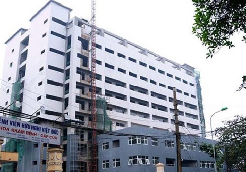 Mổ thoát vị đĩa đệm ở bệnh viện Việt Đức