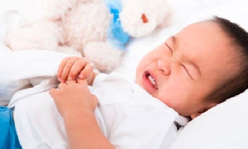 Triệu chứng bị thận ứ nước ở trẻ em