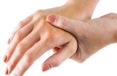 tê tay khi mang thai 3 tháng đầu