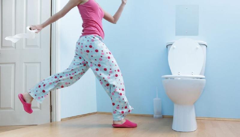 Dấu hiệu thận yếu ở phụ nữ - đi tiểu đêm nhiều